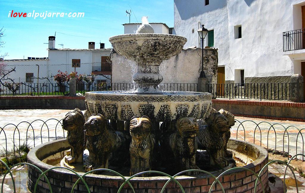 Fuente leones